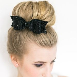 Accessories - 💖NEW!💖BOWS MAKE IT BETTER HAIR CLIP- BLACK!